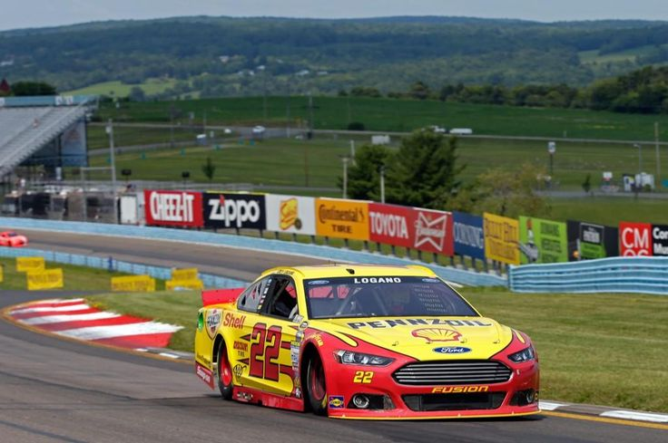 The 22 @shellracingus @FordRacing team finished p6 today at @WGI. #NASCAR #TeamJL pic.twitter.com/8JH22LuIlU
