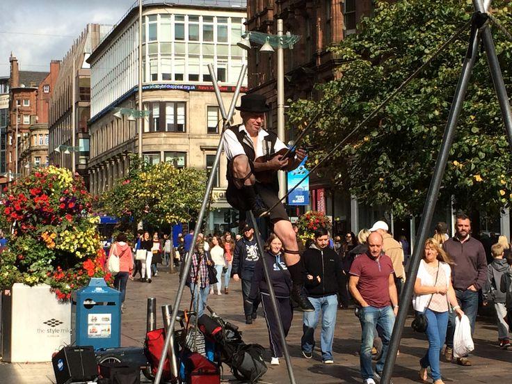 A street performer in Glasgow, on Buchanan Street