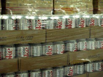 Is this the End of Diet Soda? Huge Study links Aspartame to Major Problems, Sales Drop...