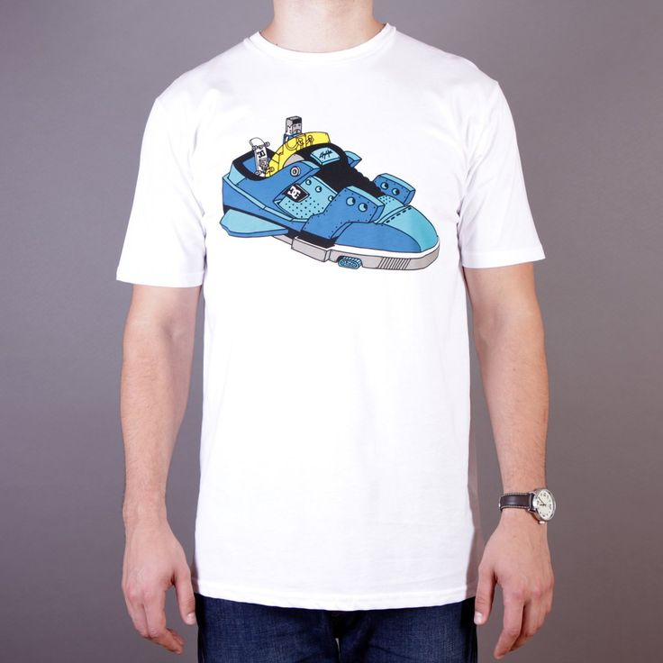 Biała męska koszulka DC Ghica Ship 2 SS T-shirt Ghica Popa White - kolekcja Fall/Winter 2014 / www.brandsplanet.pl / #dc shoes #skate  #skateboarding