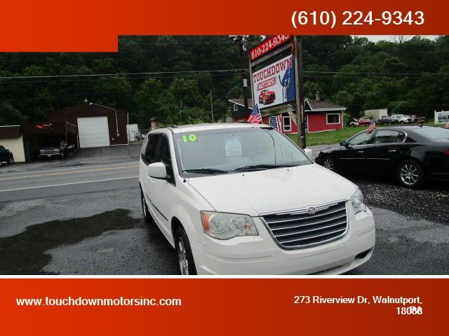 2010 Chrysler Town Country Touring Minivan 4d Touring Country