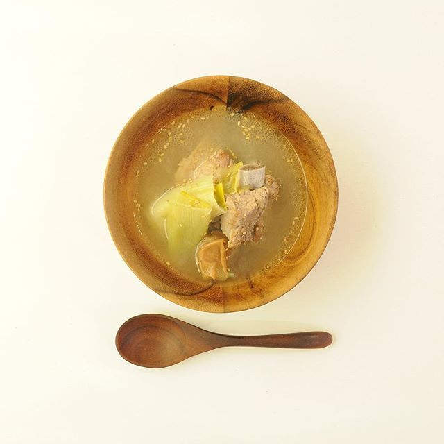 dailysoup365スペアリブと白葱の梅スープ。 ▶︎レシピページはプロフィールをご覧ください。 #soup #food #recipe #cooking #breakfast #brunch #diet #healthy #lunch #dinner #cafe #foodpics #vegetable #スープ #フード #レシピ #料理 #朝ごはん #ランチ #お昼ごはん #晩ごはん #ブランチ #ダイエット #ヘルシー #おうちごはん #暮らし #ごはん #instafood #野菜 #dailysoup365