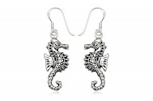 srebrne kolczyki oksydowane konik morski