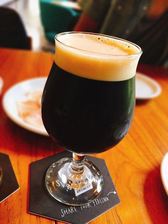 アフターダーク これは・・・本当に上品な黒ビールですね。 ロースト感や渋みを抑えているとのことですが、 コーヒーに似た香りが印象的でした。