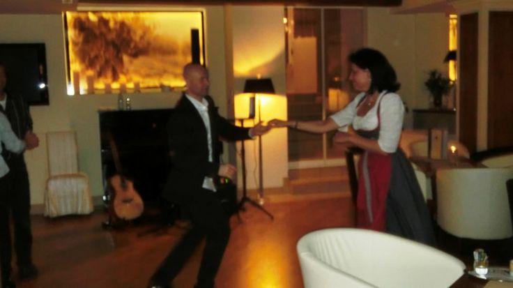 Tanzabend mit Tanzlehrer Josef http://preidlhof.it