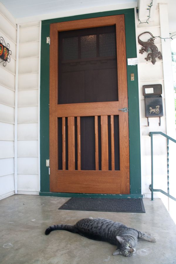 Red River Restorations specializes in the creation, replacement, and restoration of screen doors in the Hyde Park and Tarrytown areas of Austin, TX.