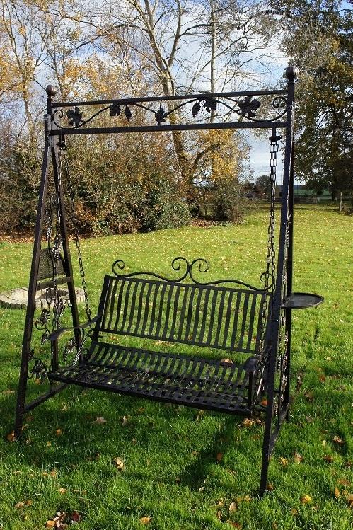 Leaf Design Garden Swinging Seat : Black Country Metalworks Ltd