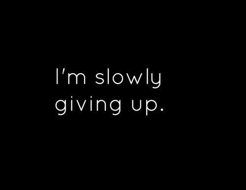 Sério? Minha mente não aprendeu a desistir.. As vezes queria fazer o mais fácil e desistir, juro, já tentei, mas meu subconsciente continua trabalhando, eu simplesmente não consigo...