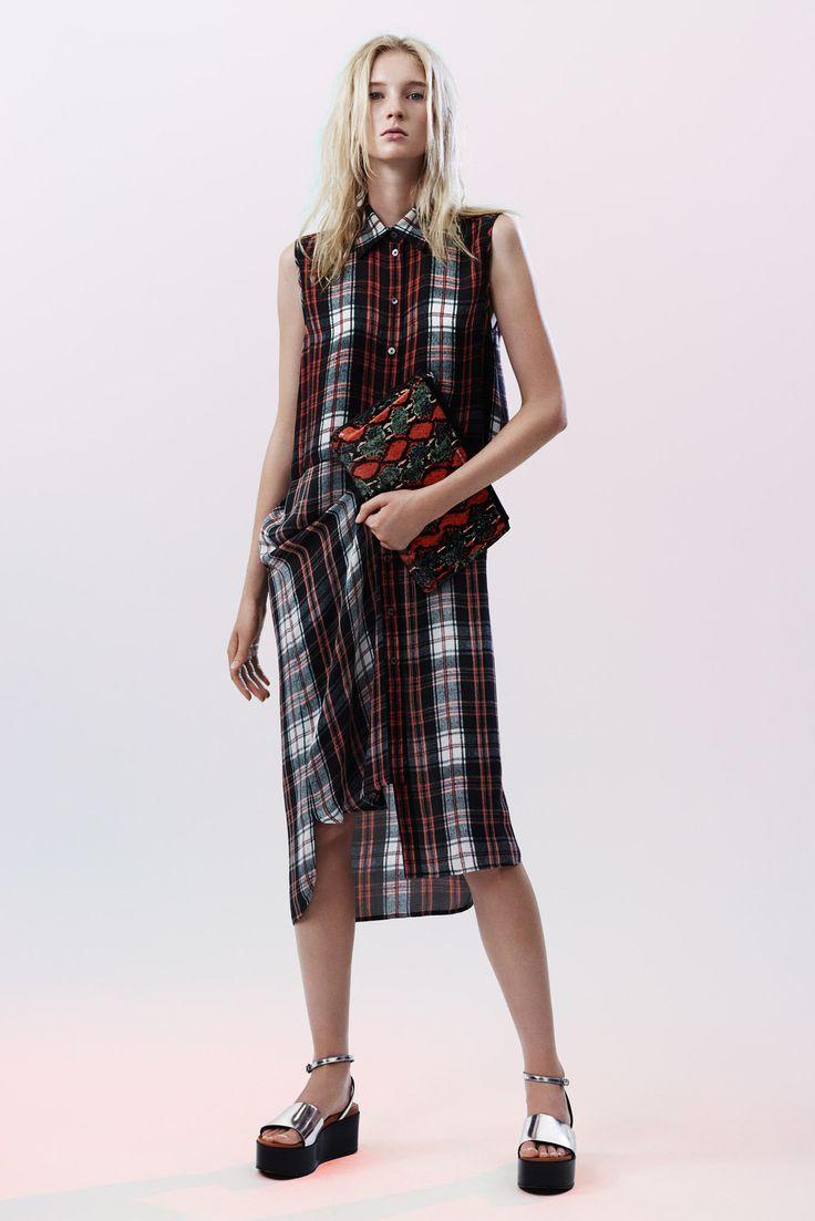 McQ Alexander McQueen 2015 İlkbahar Koleksiyonu #2015 #ilkbahar #McQ Alexander McQueen #ready to wear #rtw #spring