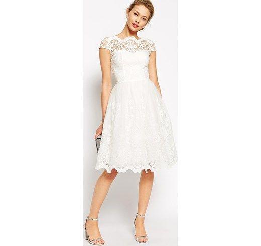 Chi Chi London - Prom dress longuette in pizzo di alta qualità con scollo Bardot -