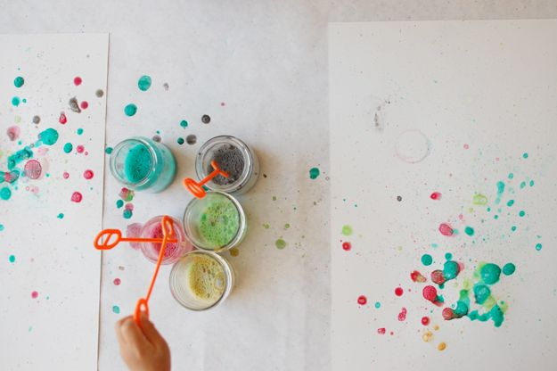 Water Colr Bubble Art!  16 Interesting Spring DIY Project For Kids