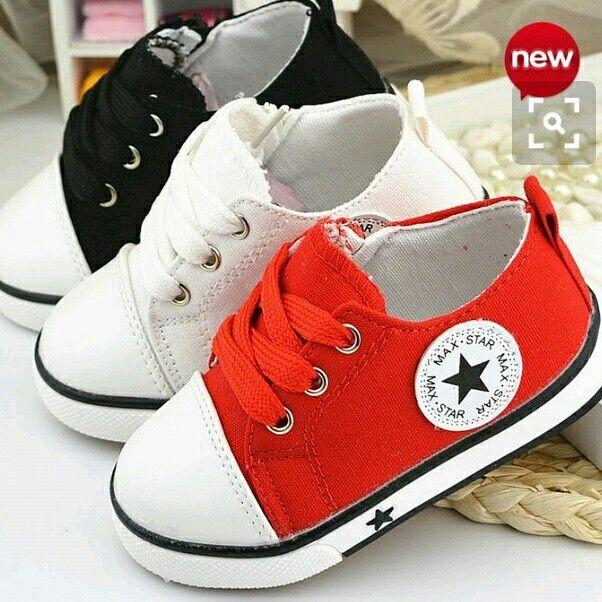 #  Sepatu bintang/ max star  import ( merah,putih, hitam )  Sz: 21 : 13,5 cm 22 : 14 cm 23 : 14,5 cm 24 : 15 cm 25 : 15,5 cm