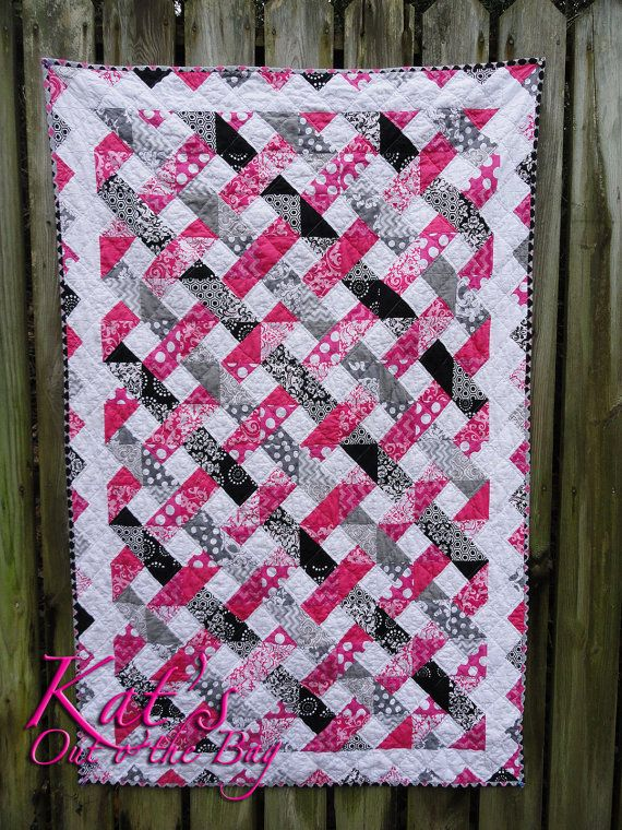 Pink Gray & Black Quilt Tri-colored Lattice Quilt for by ktb8293