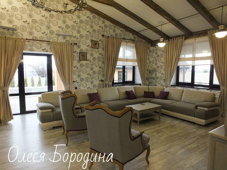 #гостиная в стиле #прованс и #шале, #римские_шторы - #тюль OTELLO #galleria_arben. Дизайн @bk.olesya #декорокна #дизайнинтерьера #fabric