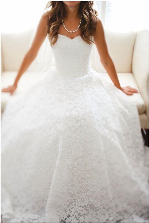 Abiti da sposa 2014 cercasi: cominciamo dalle principesse