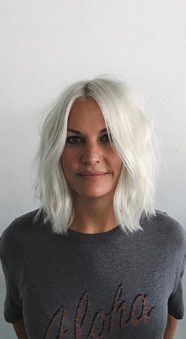 Pinterest: DEBORAHPRAHA ♥️ white platinum blonde silver hair color and short…