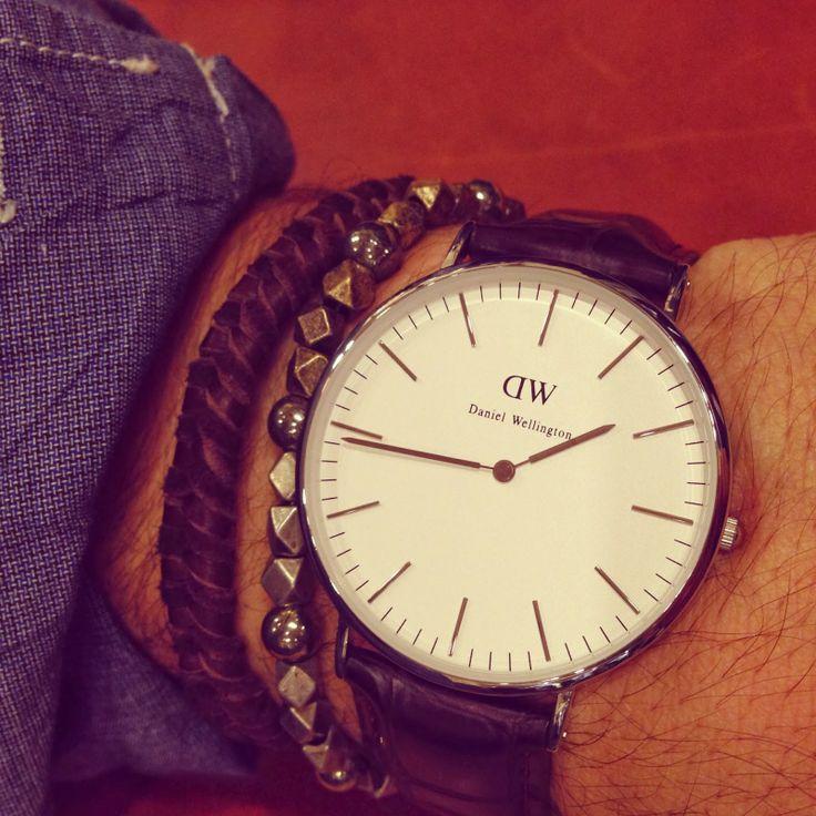 Leigh & Harlow Culture: Daniel Wellington Watch