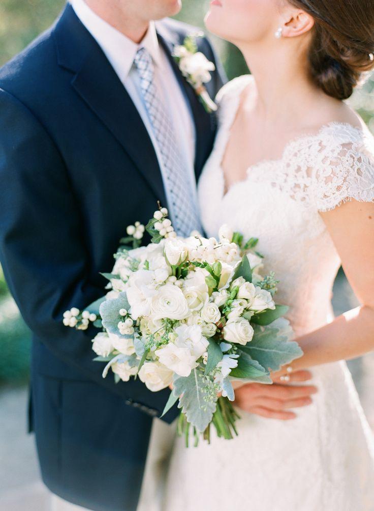 Photography: Adam Barnes Fine Art Photography - adambarnes.com  Read More: http://www.stylemepretty.com/2014/10/13/intimate-southern-wedding-dressed-in-neautrals/