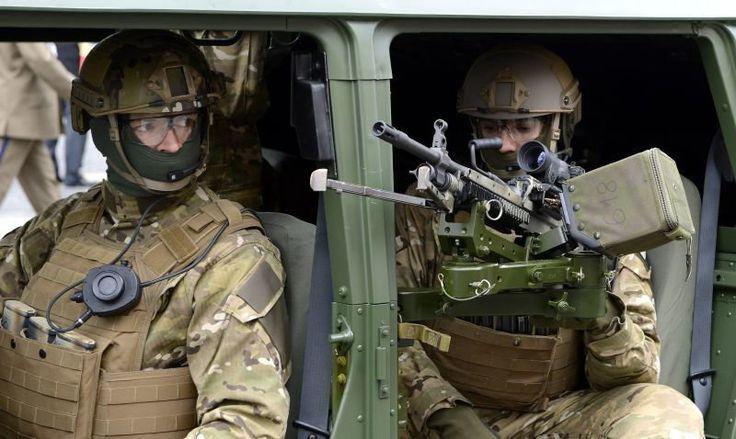 Oficerowie odchodzą z GROM-u - Polityka - Newsweek.pl