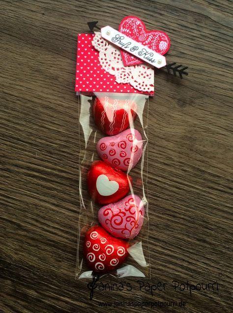 jpp - Goodie / treat / Valentine's Day / Valentinstag / Liebe / sneak peek / OnStage 2016 / Schauwand Designer / Display Stamper / Stampin' Up! Berlin / Mit Gruß und Kuss / Sealed with love / love notes / love suite / Liebesgrüße http://www.janinaspaperpotpourri.de