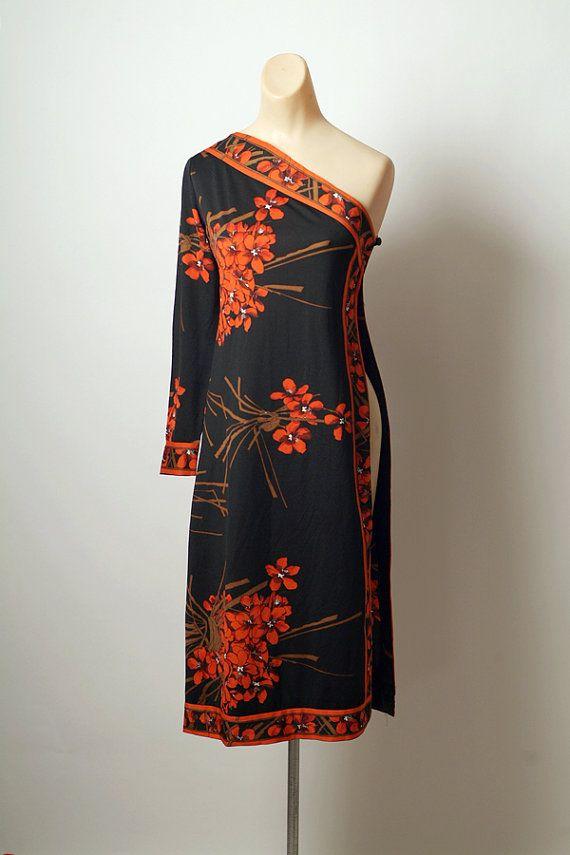 Vintage Hawaiian dress 60s 70s dress floral by VintageBoxFashions, $110.00