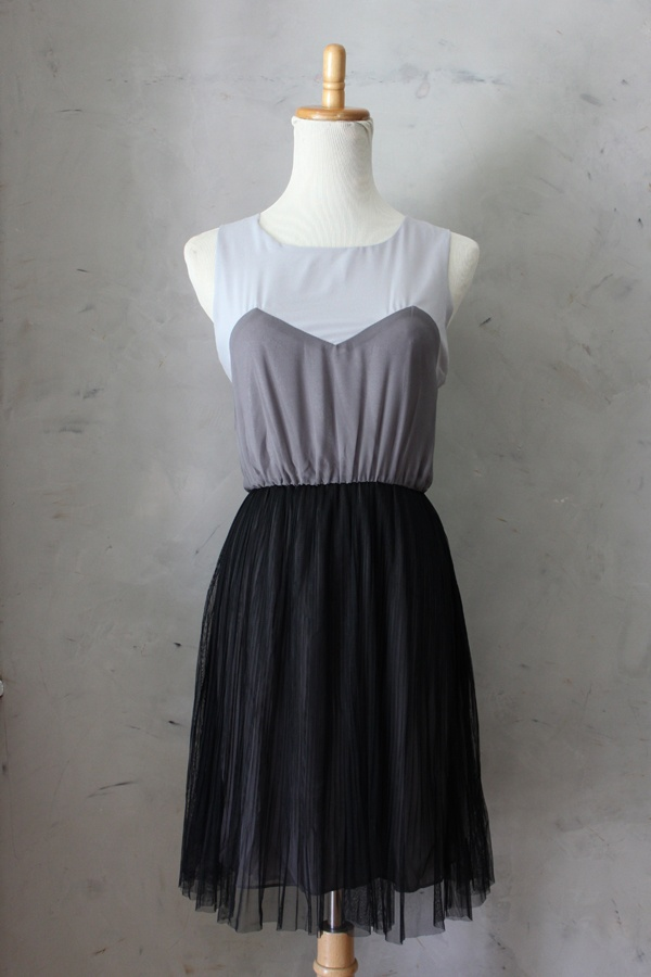 Misty Fog Dress - $48 Gray colorblock dress with sweetheart neckline and full tulle skirt