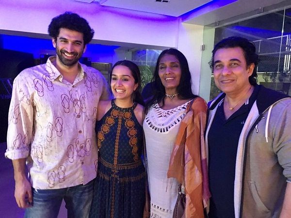 Mumbai: Mahesh Bhatt and Mukesh Bhatt threw a lavish party for B-town to mark the 30th anniversary of their production house Vishesh Films. Present in the party were Aashiqui co-stars Shraddha Kapoor, Aditya Kapoor, along with the 1990 Aashiqui couple Anu Aggarwal and Deepak Tijori, and their meeting picture was later posted by Shraddha on