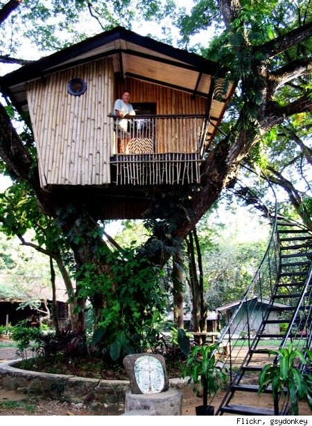 Nature Friendly Bamboo House Design: CASAS ORIGINALES