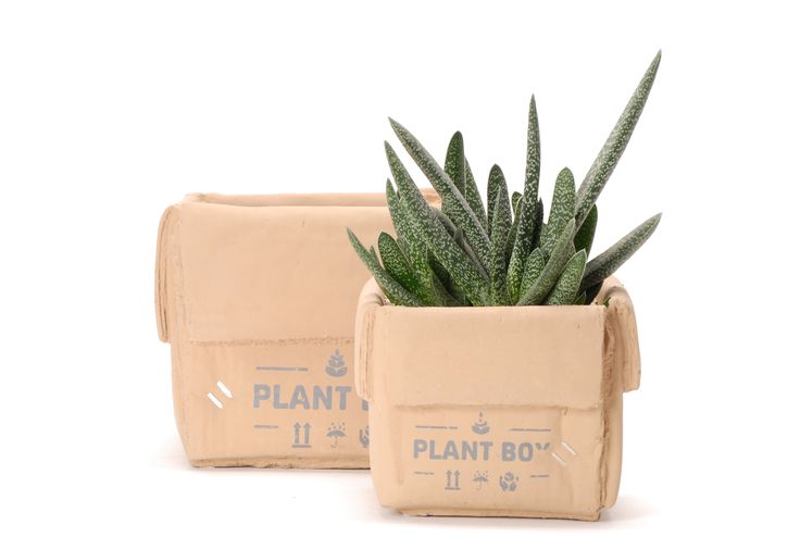 Ceramic planters shaped carton // Κεραμικό κασπώ σε σχήμα κούτας http://www.nicknack.gr/product/keramiko_kaspo_sxima_koutas_kec_027296/b2c
