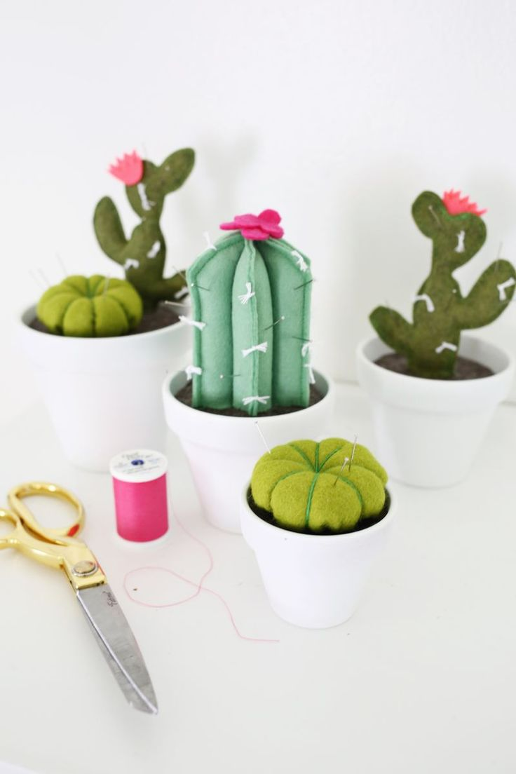 Cactus Pincushion DIY | how to make felt pincushions that look like cacti - adorable even just as decoration!