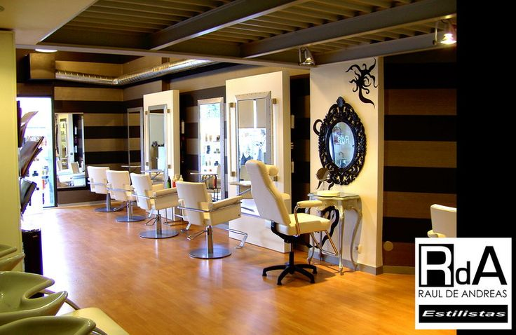 Salón de peluqueria y estetica en bilbao, a cargo de Raúl de Andreas. Peluqueria contemporanea y creativa. Tratamientos corporales y belleza integral. www.peluqueriaesteticardandreas.com www.rdandreas.com info@rdandreas.com