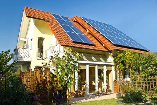 Battery Storage Systems At The Edge Of Profitability As German Households Reach 1gwh Of Capacity Solar Panels Best Solar Panels Residential Solar