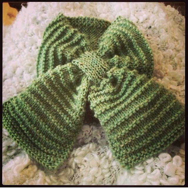 Babyhalstørklæde, babystrik på pinde 3,5-4, Lene Holme Samsøe