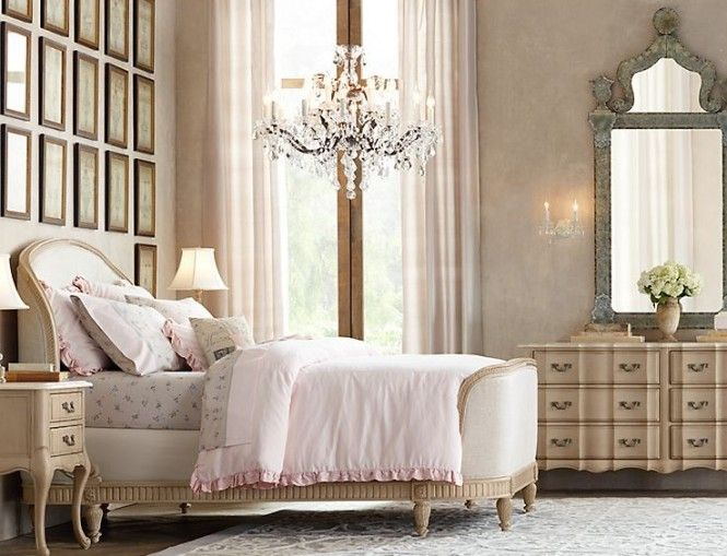 Gorgeous bedroom pink cream french bedroom romantic for Cream and pink bedroom ideas