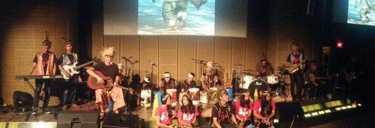 Penampilan Kandang Jurang Doank di Kebudayaan Suku Dayak Pulau Kalimantan. we love BORNEO
