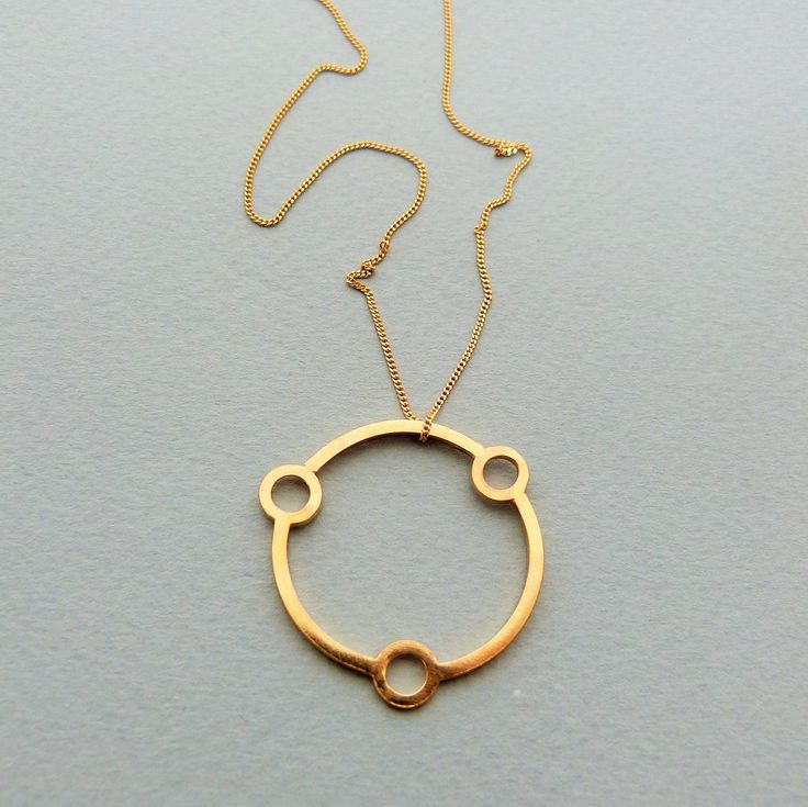 Atomic necklace in gold // Minimal luxe handmade jewellery by Elin Horgan