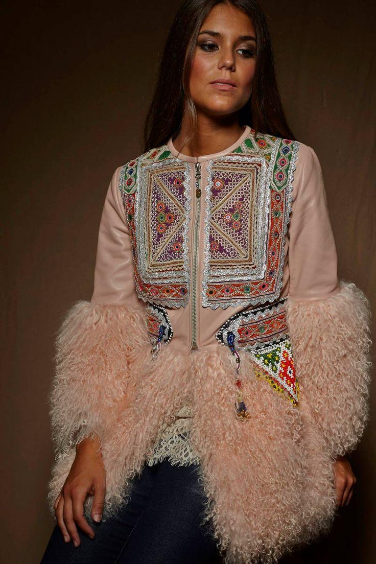 Boho Chic Ethnic Inspiration In Interior Design Projects: 236 Best Zaitegui Boho Tres Chic Images On Pinterest