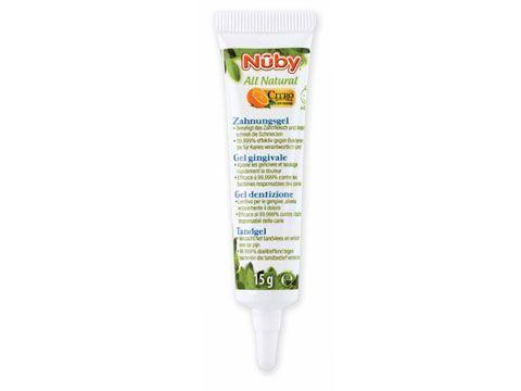 Il gel dentizione Nûby™ Citroganix™ e' completamente naturale e da' sollievo immediato alle gengive irritate grazie all'estratto di chiodi di garofano. Grazie al Citroganix™ (Arancia Murcia) il gel dentizione Nûby™ e' anche efficace al  99,999% contro i batteri responsabili delle carie.