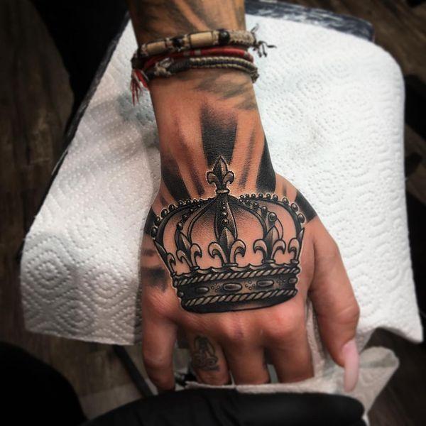 Rey Y Reina Crown Tattoos Crown Hand Tattoo Tattoos Hand