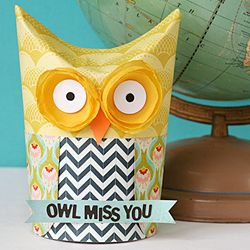 Craft up this easy owl gift box for the end of the school year using something you likely have in your pantry.: Gift Boxes, Teacher Gifts, Gift Ideas, School Year, Owl Miss You, Diy, Crafts