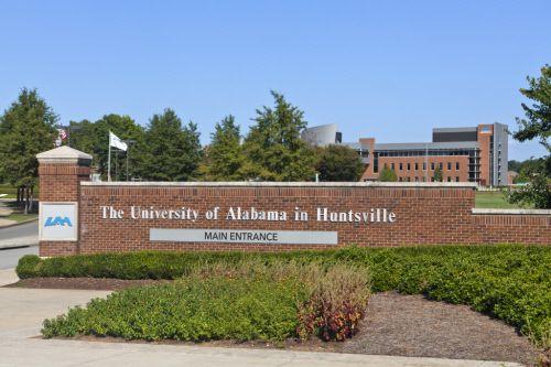 University of Alabama Huntsville - Student Service Building, Huntsville Alabama (USA) by Nola Van Perursem Architects and Woodward Construction  Contractor: Seco Architectural Systems, Inc. Copyright : Gilbertson Photography #Architecture #Cladding #Façade #University #USA #QuartzZinc #FlatLock #Zinc #VMZINC
