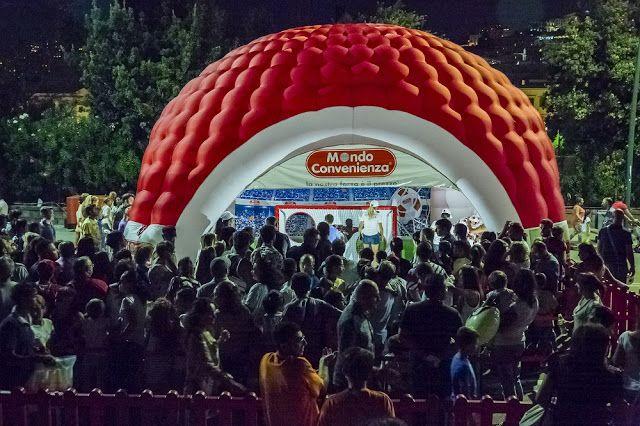 Con Mondo Convenienza vinci il Pallone dei campioni http://www.informazioninelweb.com/2017/04/vinci-il-pallone-dei-campioni-con-mondo.html #MondoConvenienza #CacciaGadget #MondoEventi #GadgetMondoConv #EventiMondoConv