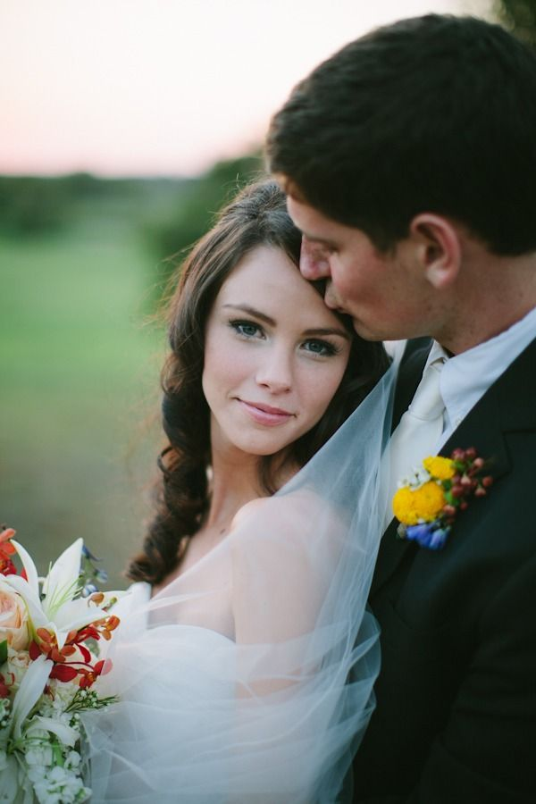 Love the composition of this shot from Smitten Photography.