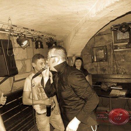 Tomas Tulpe live im Subway to Peter in Chemnitz, na wenn das mal kein Grund ist die Stube zu verlassen und sich nach Good Old Karl-Marx-Stad...