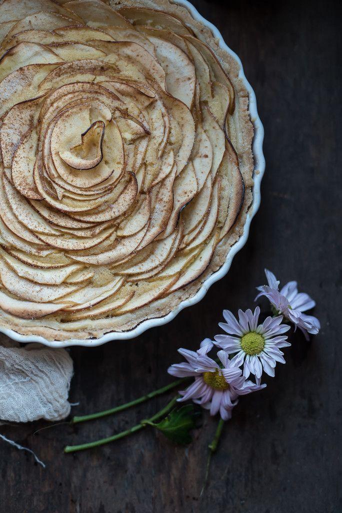 Brown Sugar Frangipane Apple Tart / Яблочный тарт с франжипаном | Urban Kitchen…