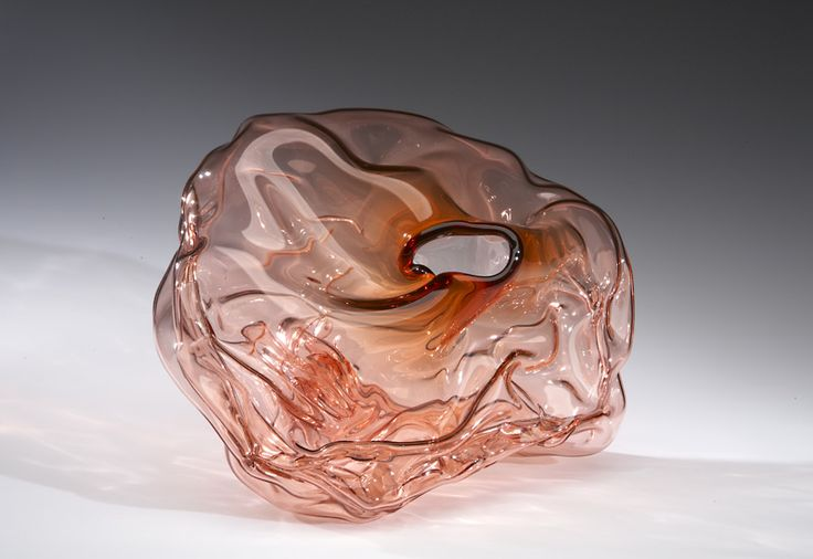 """Crumple (Apricot) : Blown glass : 12"""" × 15"""" × 9"""" : 2008 : Museum of American Glass, Millville, NJ"""