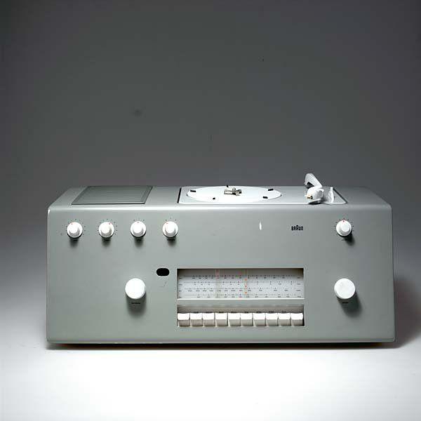 Hans Gugelot; Plastic 'Studio 1' Radio for Braun, 1956.