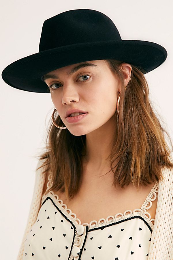 Pin On Style Gift Ideas Accessories I Need In My Life