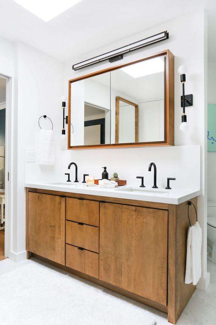 Cloakroom Onrustic Wood Shelves
