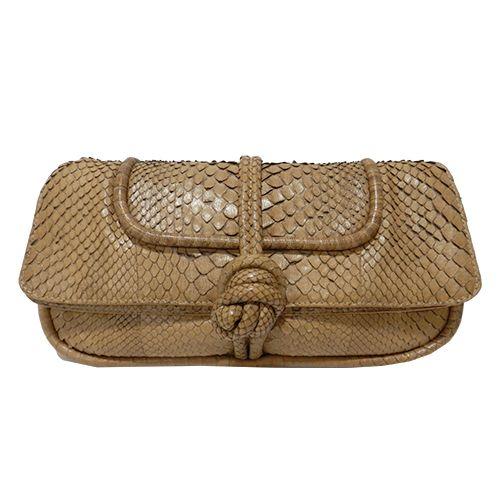 Cartera Knot de Loewe de piel de reptil en color tostado: http://bit.ly/1KyOggw #moda #Loewe #mujer #complementos